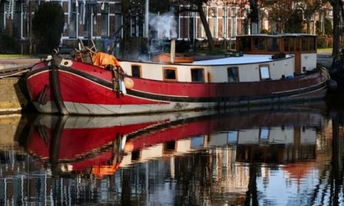 HOLANDIA / Fryzja / Leeuwarden / życie na barce (skutjie)