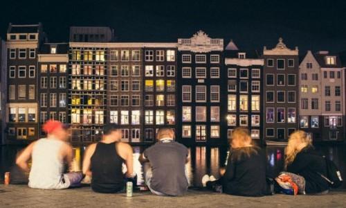 HOLANDIA / Holandia północna / Amsterdam / Amsterdam wieczorową porą