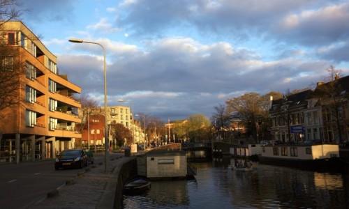 Zdjęcie HOLANDIA / Groningen / Wzdłuż kanałów / O zachodzie słońca