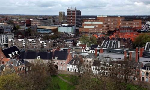 HOLANDIA / Groningen / Wieża kościoła św. Marcina / Patrząc z góry