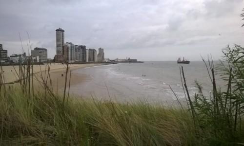 Zdjecie HOLANDIA / Zuid Holland/ dzielnica Den Haag / Plaża w Scheveningen  / Scheveningen