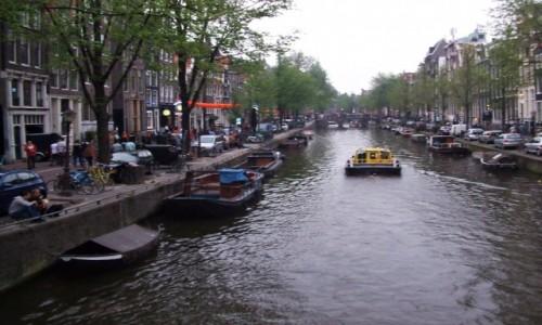 Zdjecie HOLANDIA / Amsterdam / Amsterdam / Kanał wodny w Amsterdamie