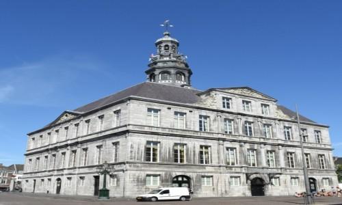 HOLANDIA / Limburg / Maastricht / Maastricht, ratusz