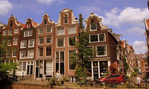 Zdjecie HOLANDIA / pln-wsch / Amsterdam / 'bloki' nie zawsze z katem