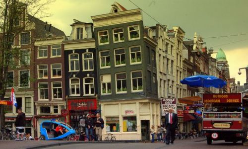 Zdjecie HOLANDIA / pln-wsch / Amsterdam / krzywy Amsterdam