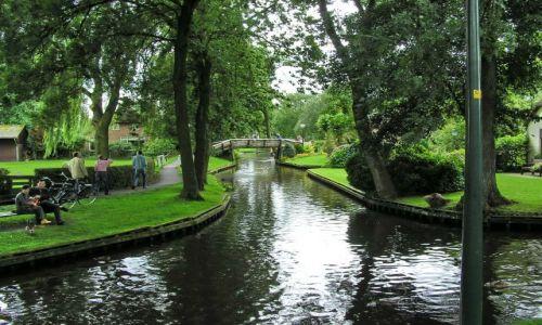 HOLANDIA / Overijssel / Giethoorn / Giethoorn - Holenderska Wenecja