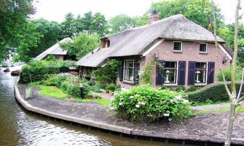 HOLANDIA / Overijssel / Giethoorn / Giethoorn - de Nederlandse Venetie