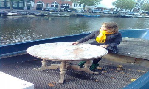 Zdjecie HOLANDIA / Północ / Amsterdam / usiądź na uboczu i popatrz jak mkną