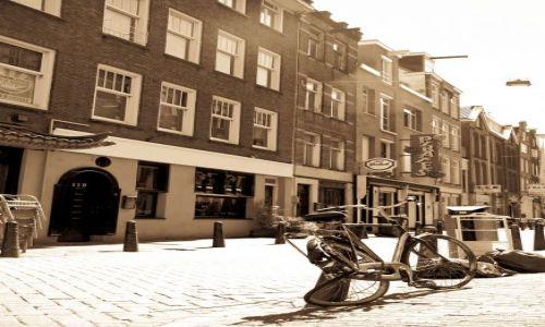 Zdjecie HOLANDIA / Europa / Amsterdam / amsterdamski rower