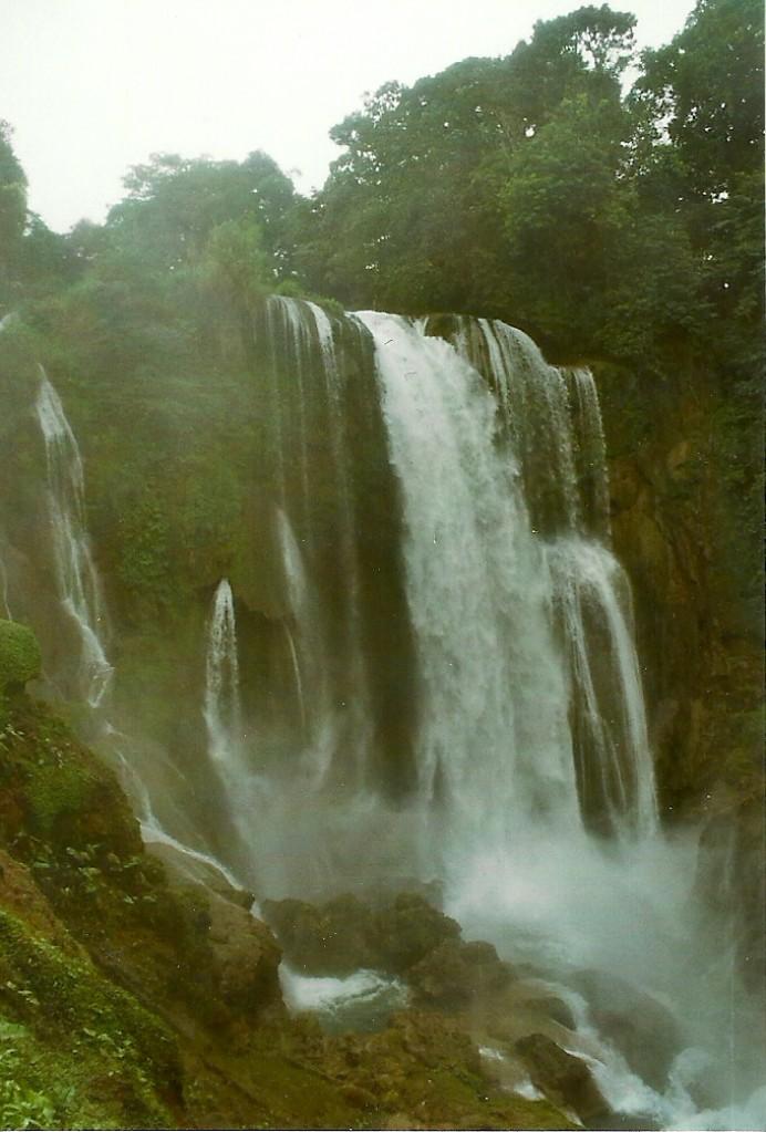 Zdjęcia: San Buenaventura, Zach. Honduras, Wodospad Pulhapanzak, HONDURAS