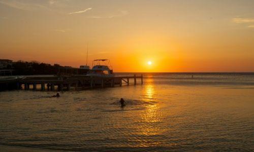 Zdjęcie HONDURAS / Roatan / West End / Karaibskie klimaty