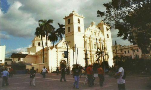 Zdjecie HONDURAS / Stolica / Tegucigalpa / Katedra