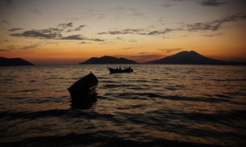 Zdjecie HONDURAS / - / Tiger Island / Wulkany Salwadoru