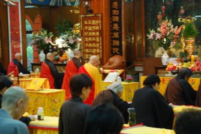 Zdjęcia: Po Lin Monastery, Hong Kong, Modlitwa, HONG KONG