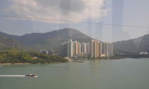Zdjęcie HONG KONG / Hong Kong / Wyspa Lantau / Wiok z kolejki...
