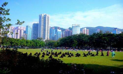 Zdjecie HONG KONG / Hongkong / Victoria Park / Niedziela w Hongkongu