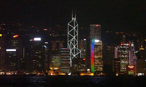 Zdjęcie HONG KONG / Koowlon / nadbrzeże / Wyspa nocą