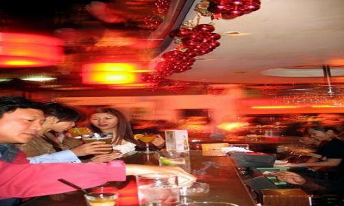 Zdjecie HONG KONG / Hong Kong / Wan Chai / Piątkowy clubbing w filipińskich knajpach