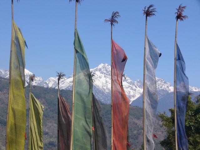Zdjęcia: Szlak klasztorny, Sikkim, Flagi, INDIE