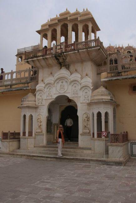 Zdjęcia: Jaipur, Rajasthan, Brama wejsciowa do Hawa Mahal, INDIE