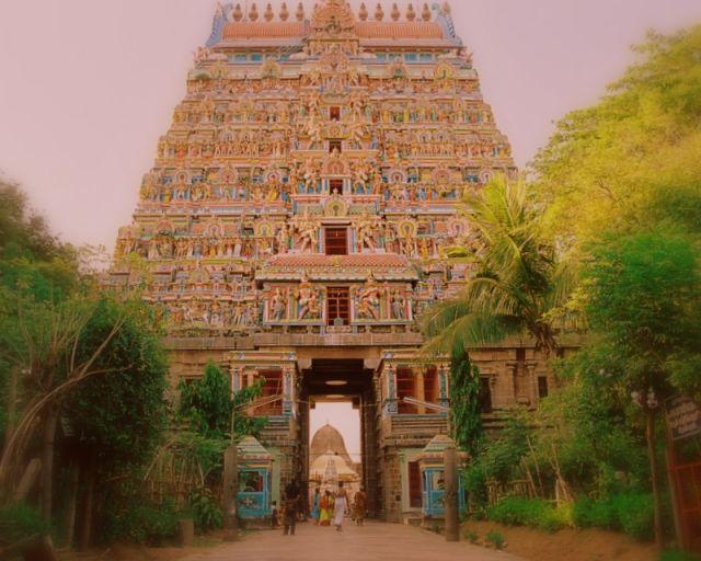 Zdjęcia: poludnie, poludnie, The Temple, INDIE