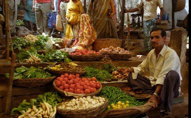 Zdj�cia: Varanasi, Stragan, INDIE