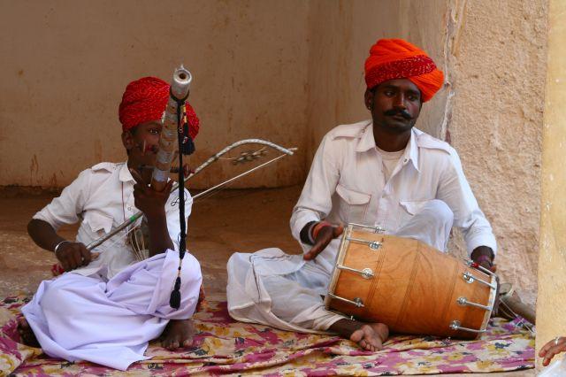 Zdjęcia: JAIPUR, RAJASTHAN, MUZYKALNA RODZINKA, INDIE