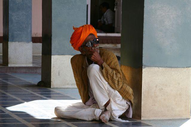 Zdjęcia: BIKANER, RAJASTHAN, W MARATONIE ZYCIA ZNAJDZ CHWILE NA ZADUME  , INDIE