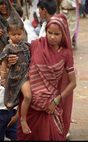Zdjęcia: Orchha, Matka z dzieckiem, INDIE