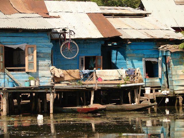 Zdjęcia: Jezioro Dal , Sikkara, Kashmir - Srinagar, domy na jeziorze Dal, INDIE