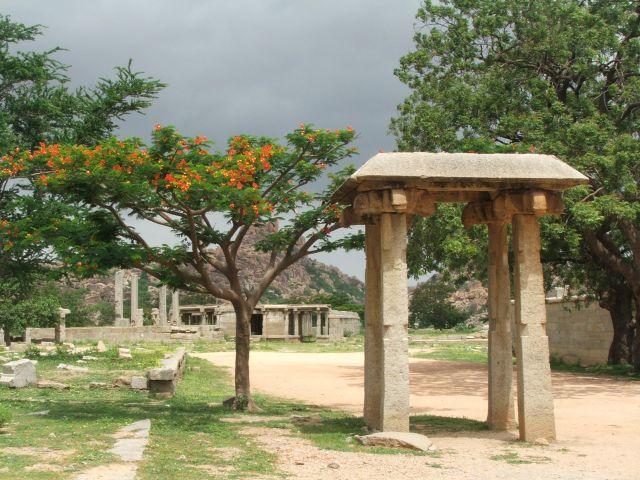 Zdjęcia: Hampi, Karnataka, Hampi- przyroda i historia, INDIE
