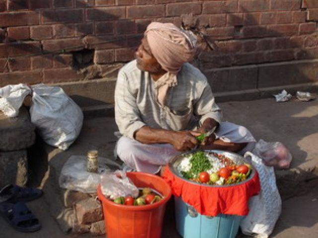 Zdjęcia: Delhi, Czy ta sałatka spłaci moje długi?, INDIE