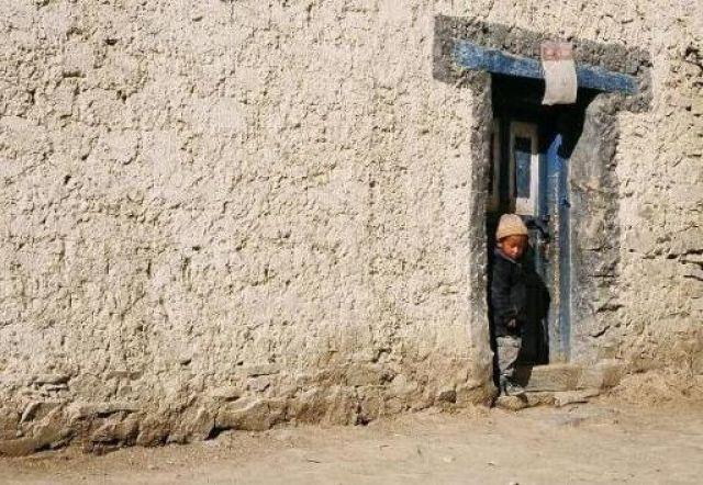 Zdjęcia: Wioska Lamayuru, Ladakh , Chłopiec, INDIE