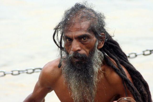 Zdjęcia: Haridvar, Sikh po rytualnej kąpieli w Gangesie, INDIE