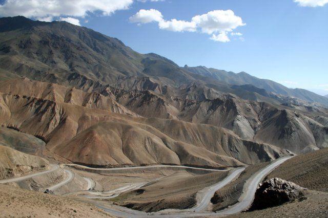 Zdjęcia: Ladakh, Himalaje, W drodze na przełęcz, INDIE