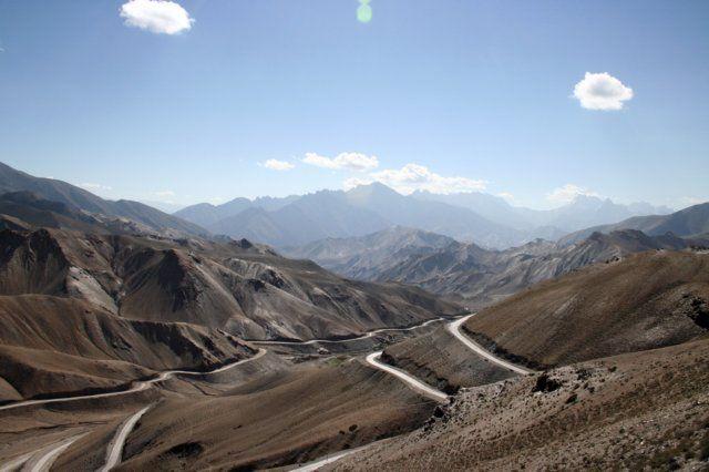 Zdjęcia: Ladakh, Himalaje, Górskie serpentyny, INDIE