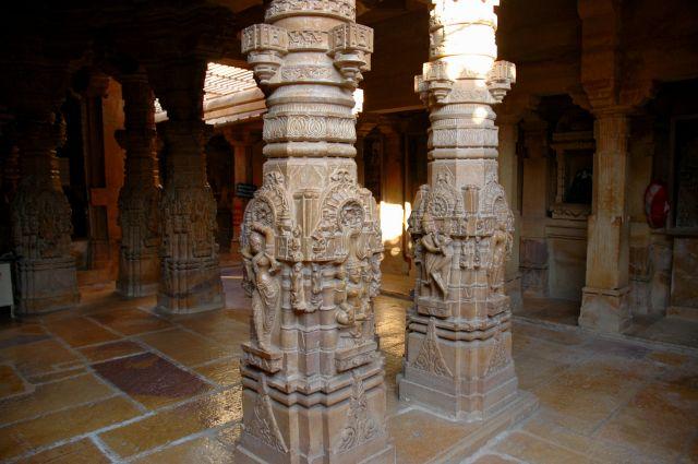 Zdjęcia: Jaisalmer, Rajastan, w świątyni, INDIE