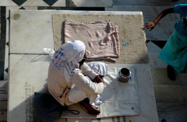 Zdjęcia: Pushkar, Rajastan, czekajacy na rupie.., INDIE