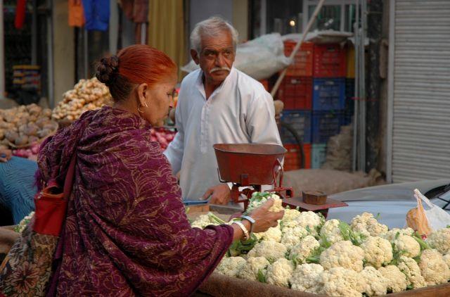 Zdj�cia: Jodhpur, Rajastan, kupuj�ca, INDIE
