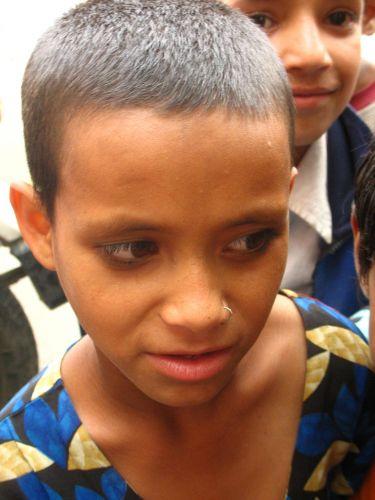 Zdjęcia: Rekong Peo, dziewczynka, INDIE