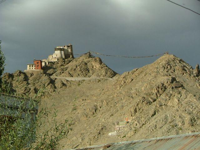 Zdjęcia: Leh, Ladakh, chyba klasztor ale napewno w Leh, INDIE