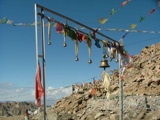 Zdjęcia: Ladakh, dzwonki na Khardung La, INDIE