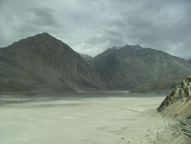 Zdjęcia: Ladakh, droga przez dolinę Nubry, INDIE
