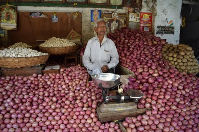 Zdjęcia: Mysore, Karnataka, Handlarz Cebulą, INDIE