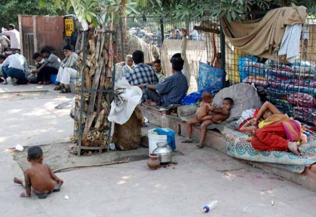 Zdjęcia: Delhi, dom na ulicy, INDIE