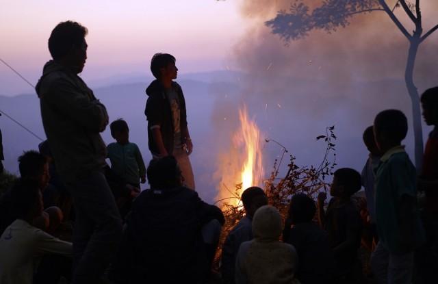 Zdjęcia: Mon, Nagaland, przy ognisku, INDIE