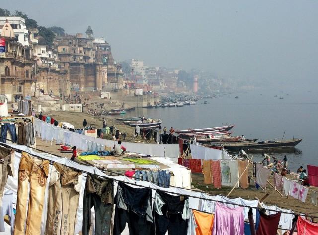 Zdjęcia: Varanasi, Uttar Pradesh, Pranie , INDIE