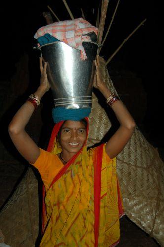 Zdjęcia: Okolice Poone, W wiosce zbieraczy trzciny cukrowej, INDIE