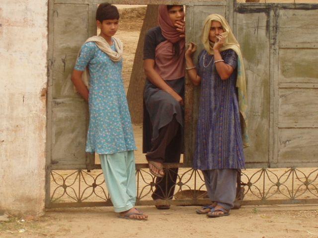 Zdjęcia: gdzieś w Radżastanie, Trzy Gracje, INDIE