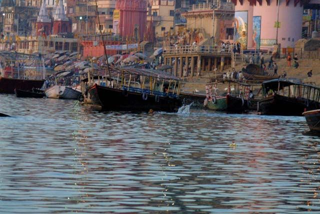 Zdjęcia: Waranasi, Uttar Pradesh, Lodka po Gangesie, INDIE